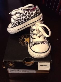 cheetah print Converse for my baby one of these days Baby Girl Shoes, My Baby Girl, Girls Shoes, Kid Shoes, Cute Kids, Cute Babies, Baby Kids, Little Doll, My Little Girl