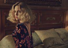 Kate Hudson Looks Like a 50's Bombshell in The Edit