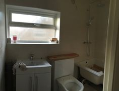 Distorted panoramic of the bathroom