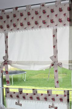 Wnętrza, firany - Witam osoby które kochają swoje cztery ściany,które lubią mieć pięknie ubrane swoje okno. Znajdziecie piękne zestawy do kuchni,pokoju i...