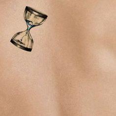 hourglass-on-light-skin-tattoo-stencil-temporary-tattoo.jpg (501×501)