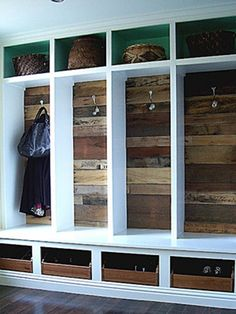 Let these mudroom entryway ideas welcome you home. Instantly tidy up and organize your hallway or entryway with industrial mudroom entryway. House Design, New Homes, Mudroom Organization, Mudroom Laundry Room, House, Home, Home Diy, Pallet Furniture, Home Decor