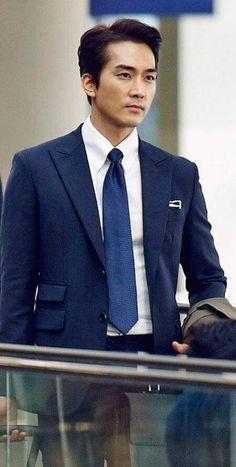 Korean Men, Korean Actors, Love Movie, Movie Tv, Daniel Henny, Dr Jin, Song Seung Heon, Asian Celebrities, Third Way
