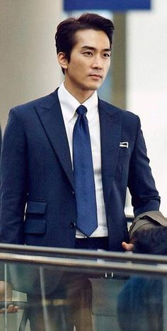 Love Movie, Movie Stars, Movie Tv, Korean Men, Korean Actors, Daniel Henny, Dr Jin, Song Seung Heon, Asian Celebrities