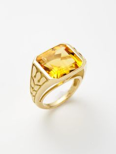 Jewelry by Ray Griffiths & Danni -- yellow gold cutout floral ring with emerald cut citrine Jewelry Box, Fine Jewelry, Field Notes, Urban City, City Style, Emerald Cut, Cocktail Rings, Bag Accessories, Rings For Men