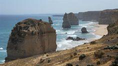 Twelve Apostles (Great Ocean Road) www.australia.com/explore/icons/great-ocean-road.aspx