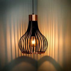 Lámparas colgantes para iluminación de espacios residenciales, comerciales y hoteleros. Somos fabricantes de lámparas de diseño. Hecho en Colombia Ceiling Lights, Lighting, Pendant, Inspiration, Home Decor, Hanging Lamps, Spaces, So Done, Colombia