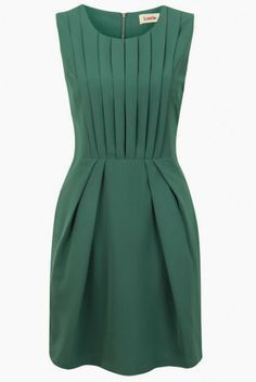 Green Pleat Renn Sleeveless Dress by Louche Featuring pleated fabric and a bold jewel tone, it instantly amps up the glam factor of any evening.Shop our huge range of in fashion Louche Dresses. Pretty Dresses, Beautiful Dresses, Jw Mode, Mode Inspiration, Mode Style, Work Fashion, Dress Me Up, Green Dress, Dress Patterns