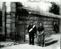 Guarda de la Casa de Campo a la entrada del Reservado, Madrid (1 de enero de 1910)