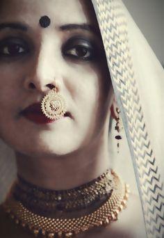 Bewitching and regal  filigree dangling nose ring