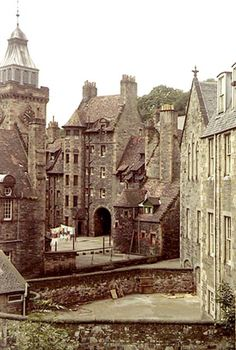Dean Village, Scotland, UK-looks remotely like hogwarts Scotland Uk, Edinburgh Scotland, Places To Travel, Places To See, Campbell Clan, Europe Continent, Amazing Buildings, Most Beautiful Cities, Hawaii Travel