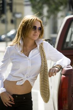 Lindsay Lohan in Georgia Rule. (I know, it's Lindsay Lohan, and all that) But I loved her style in this movie, and I loved everything about her hair too. Lindsay Lohan Style, Georgia, Popped Collar, Elisabeth Ii, Film Inspiration, Thing 1, Tips Belleza, Mean Girls, White Shirts