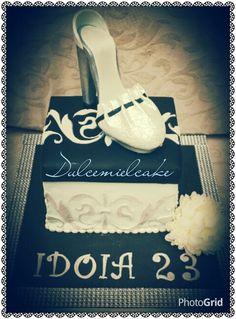 Tarta caja zapatos!! Www.facebook.com/dulcemielcake #fondant #cake #shoecake #shoe #tartazapato #dulcemielcake