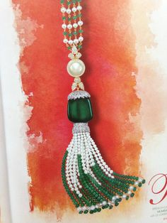 Rose Necklace #pearl #emerald #emeralds #tassel