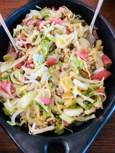 Chicory salad is actually tasty all year round. It combines well as a side dish with a BBQ, a stew or an Easter brunch. I added two chicory salad recipes. Easy Smoothie Recipes, Easy Smoothies, Good Healthy Recipes, Salad Recipes, Healthy Snacks, Healthy Eating, Low Carb Brasil, Coconut Recipes, Water Recipes