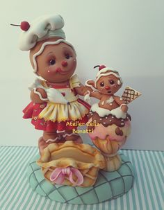 GINGER CONFEITEIRA-Porta guarda-napos Linda peça para receber a família e amigos em casa. Tamanho: 25x19x33 cm whatsapp: 11 97361-7444 Sculpey Clay, Polymer Clay Dolls, Clay Jar, Clay Pots, Christmas Snowman, Christmas Time, Magazine Crafts, Pasta Flexible, Cold Porcelain