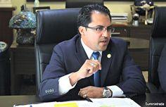 Exigen al gobernador se disculpe con estudiantes