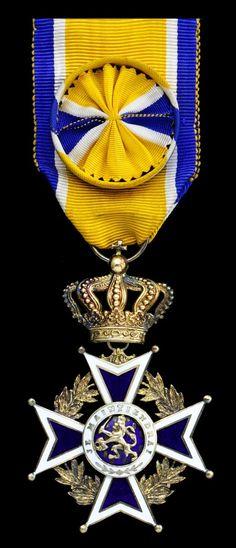 NETHERLAND, Kingdom - Order of Orange Nassau, Officer´s breast Badge, 65mm including crown suspension x 41mm, silver-gilt and enamel