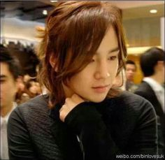 Jang Keun Suk ~~ That hair is so effortless yet I find it very sexy and chic