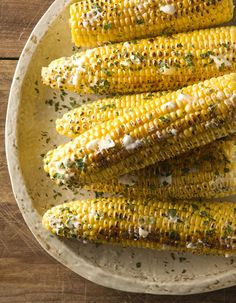 Simple and delicious, grilled corn with honey butter from Picture Perfect Meals is a must-have summer side dish. Golden yellow ears of corn are charred on the grill and then coated in a sweet honey butter. You can use any type of honey for thi Corn Recipes, Side Dish Recipes, Vegetable Recipes, Vegetarian Recipes, Side Dishes, Vegetable Dishes, Free Recipes, Healthy Recipes, Butter