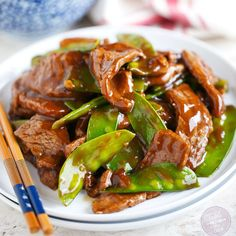 Short on time? This 25-minute beef and snow pea stir fry is the perfect weeknight dinner option! Romantic Dinner Recipes, Healthy Dinner Recipes, Dinner Ideas, Romantic Dinners, Delicious Recipes, Stir Fry Recipes, Beef Recipes, Beef Tips, Beef Stir Fry