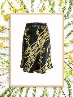 Pre-owned Class Roberto Cavalli Silk Printed Skirt Skirt Fashion, Women's Fashion, Fashion Deals, Printed Skirts, Roberto Cavalli, Silk, Prints, Clothes, Patterned Skirt