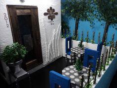 Lola's Mini Homes: Doll Restaurant