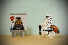 44 Lego Photography Pictures Puts the Real World On a New Scale - Figurine Lego, Star Wars Figurines, Legos, Aniversario Star Wars, Lego Stormtrooper, All Lego, Lego Figures, Action Figures, Lego Worlds