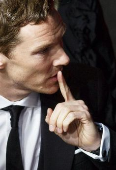 i wanna watch sherlock Benedict Sherlock, Sherlock Cumberbatch, Benedict Cumberbatch Sherlock, Watch Sherlock, Quotes Supernatural, Quotes Sherlock, Molly Hooper, Jim Moriarty