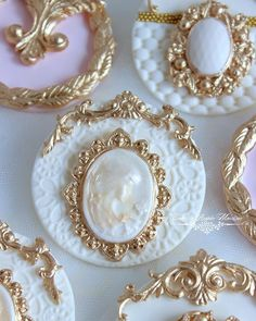 Have to thank for her fabulous cameo mold and for her amazing scroll and jewelry molds! You guys rock! Elegant Cake Pops, Elegant Cupcakes, Fancy Cupcakes, Beautiful Cupcakes, Gorgeous Cakes, Fondant Cupcake Toppers, Cupcake Soap, Fondant Cookies, Cupcake Cookies
