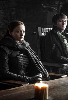 Sansa Stark and Bran Stark in 'The Dragon and The Wolf' 7.07