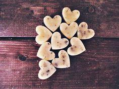 Scented soy wax melts, rustic wedding favors, heart shaped wax tarts, melting wax warmer.   Soy wax melts scented  hearts will be a cute favors for guests at a wedding or a... #etsy #boho #bohemian #bohodecor #gypsy #organic