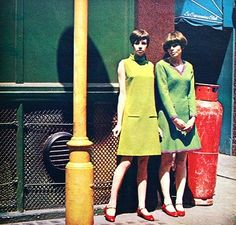 1960s fashion green yellow shift day dress red shoes color photo print ad models mod