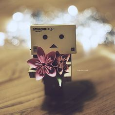 166 of 365 Danbo, Cardboard Robot, Amazon Box, Facebook All, Dp For Whatsapp, My Bubbles, Cute Box, Robot Art, Little Boxes