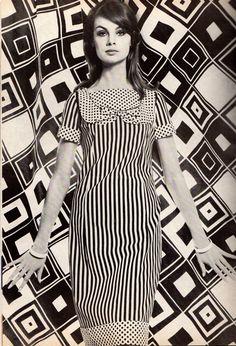 jeanshrimpton: Jean Shrimpton in Vogue Pattern Book photographed by Horst April/May 1965 (Thanks to Jane Davis) 60s And 70s Fashion, Mod Fashion, Fashion Art, Fashion Models, Vintage Fashion, Sporty Fashion, Gothic Fashion, Fashion Women, Op Art