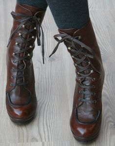 I used to have a thing for boots like this. Guess I still do.