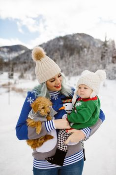 WINTER FAMILY PHOTOS from The Red Closet Diary Blog || Instagram: @ jalynnshcroeder ||winter clothing, christmas sweater, ugly christmas sweater, pom pom beanie, dog sweater, snow picture, christmas cards, layers, blue hair, green hair