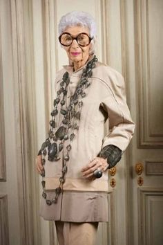 iris Apfel she is who I will be when Im 90 ! I WILL ALWAYS ACCESORIZE