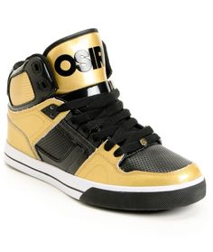 possibly foin to get these!! :( <3 osiris sneakers!!!!