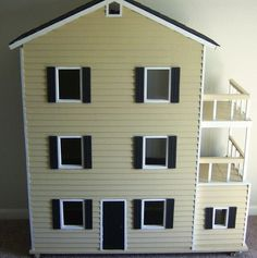 Build It, Sew It, Love It: DIY Barbie House tutorial. This is a really big house! Dreamhouse Barbie, Barbie Doll House, Barbie Dream House, Barbie Dolls, Barbie Stuff, Doll Stuff, Play Barbie, Ag Dolls, Barbie Clothes