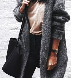Would Combine With Any Piece Of Clothes. 20 Brilliant Street Style Outfits That Will Inspire You – Outstanding Street Fashion Outfit. Would Combine With Any Piece Of Clothes. Who What Wear, Mode Outfits, Casual Outfits, Classic Outfits, Mode Style, Style Me, Look Fashion, Womens Fashion, Net Fashion
