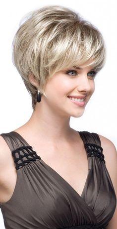 modèle coiffure femme cheveux courts effilés