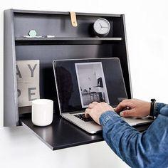 Este escritorio flotante que aparece cuando lo necesitas.   21 Productos mágicos que te harán la vida más fácil