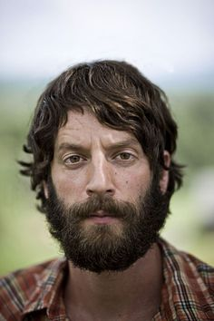 This handsome man, Ray Lamontagne, is one of my favorite musicians. His music is has such a soulful beauty to it.