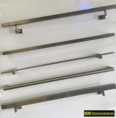 Steel Stair Railing, Staircase Handrail, Steel Stairs, Steel Gate, Balcony Railing Design, Glass Railing, Elevator Design, Stainless Steel Railing, Metal Fire Pit