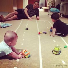 Masking Tape Car Track- ho mg, how this family so cute~~~!