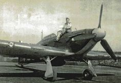 Joining No 46 Squadron RAF at RAF Digby in June 1940, P/O Robert Reid claimed an Me 109 destroyed on 18 September and 15 October, as well as one probably destroyed on 29 October.