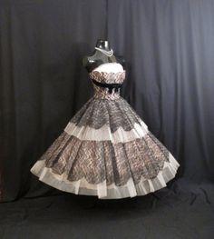 Vintage 1950's 50s STRAPLESS Bombshell Black Lace Pink Tulle Velvet Circle Skirt Party Prom Wedding DRESS Gown Medium Size