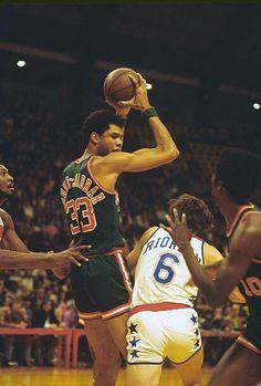 Kentucky Colonel, Kareem Abdul Jabbar, Milwaukee Bucks, Nba Champions, Aba, Stock Photos, Sports, Deer, Basketball