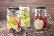 Ces ingrédients qui redonnent du goût à notre eau